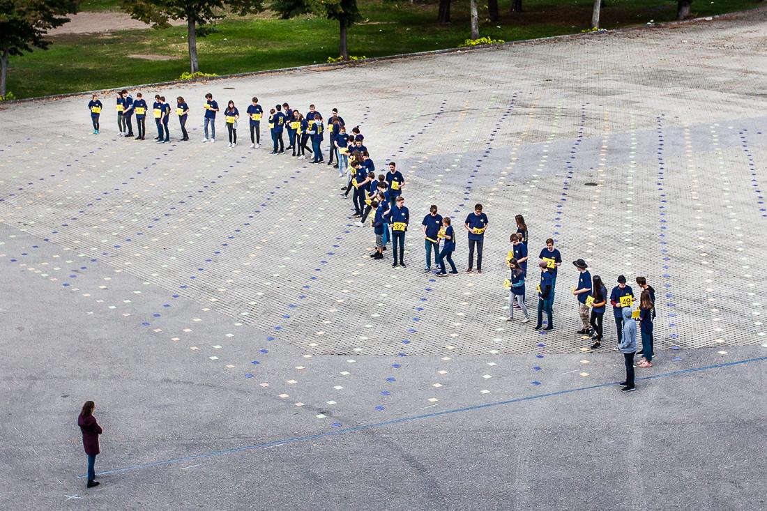 Weltrekord: Größtes menschliches Sortiernetzwerk in Wien – nach CS Unplugged