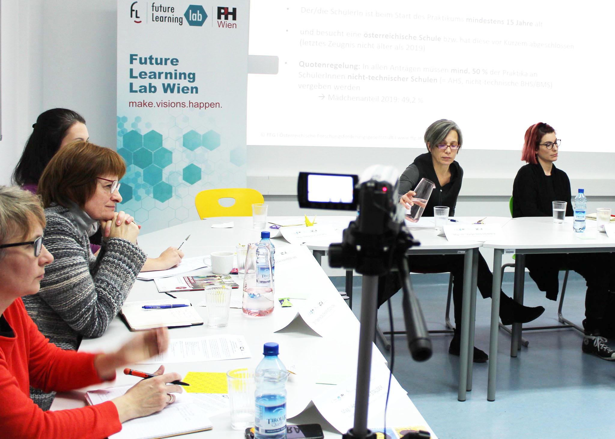Hexagonal diskutiert: Tagebuch der Informatikerin – Die Hauptbotschaft an die Mädchen
